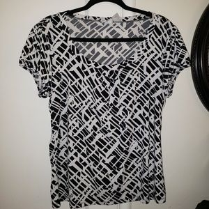 Worthington Stretch black and white patterened top